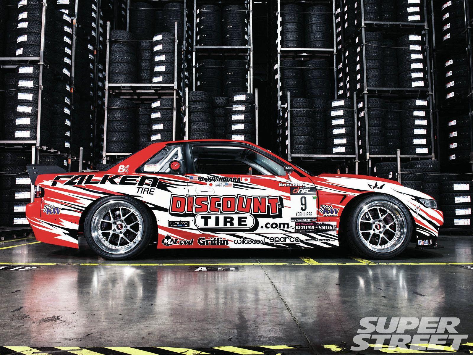 A Look at Dai Yoshihara's 2012 Formula D S13 | GODRIFT